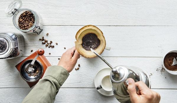 薄毛とコーヒーの関係